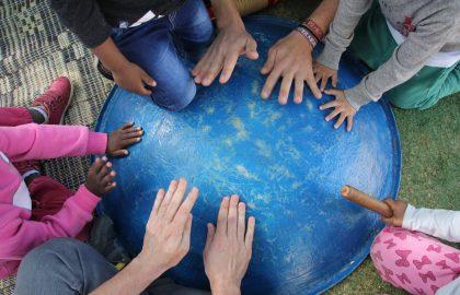 התנדבות: הפעלות לילדי פליטים